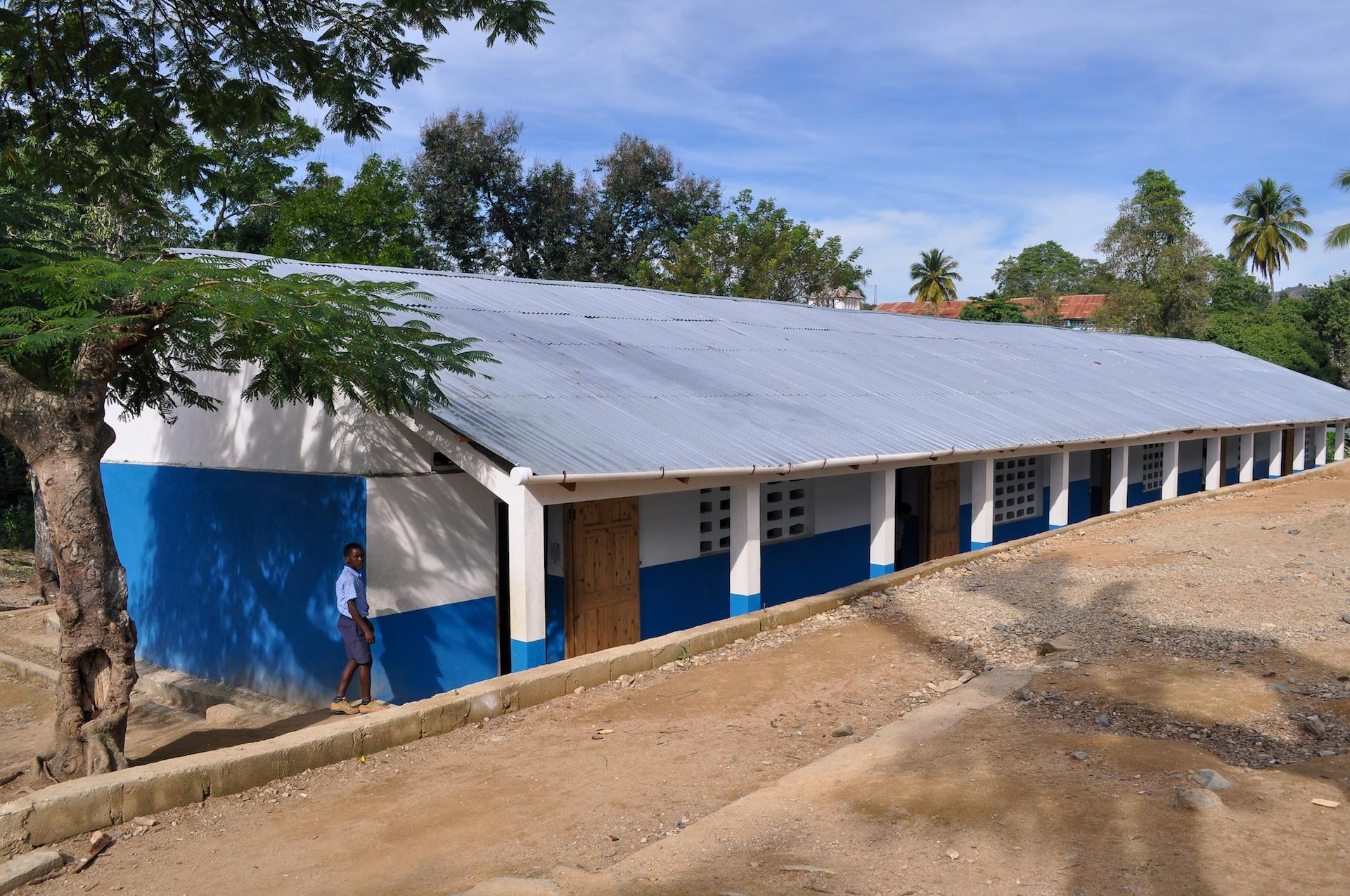 Cunina - Haiti - Notre Dame Mombin Crochu 001